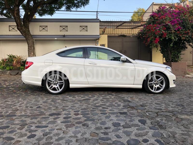 Mercedes Benz Clase C 350 CGI Coupe usado (2014) color Blanco precio $330,000