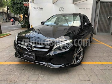 Mercedes Benz Clase C 4p C 200 Sport L4/2.0/T Aut usado (2017) color Negro precio $425,000