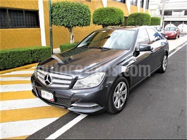 Mercedes Benz Clase C 180 CGI Aut NAV usado (2013) color Gris Tenorita precio $169,900