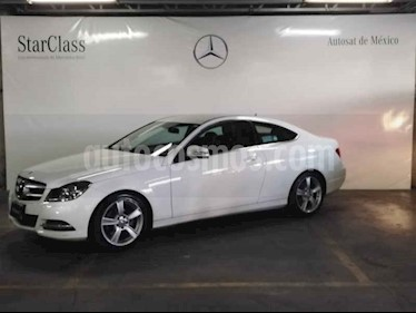 Mercedes Benz Clase C 180 Coupe Aut  usado (2013) color Blanco precio $249,000