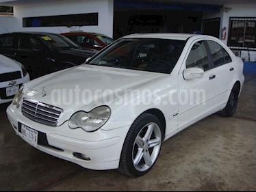 Mercedes Benz Clase C 200 Aut usado (2003) color Blanco precio $90,000