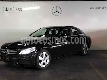 Mercedes Benz Clase C 4p C 180 L4/1.6/T Aut usado (2018) color Negro precio $419,000