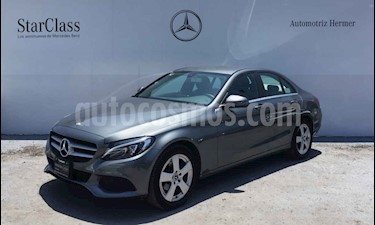 Mercedes Benz Clase C 180 Aut usado (2018) color Gris precio $379,900