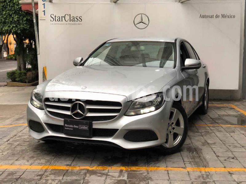 Mercedes Benz Clase C 180 CGI usado (2017) color Plata precio $370,000