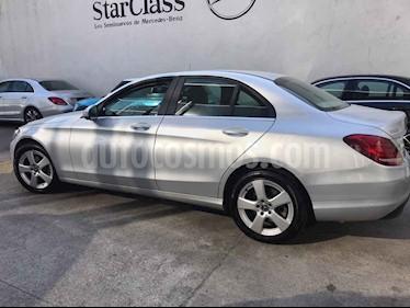 Mercedes Benz Clase C 200 Aut usado (2018) color Plata precio $300,000