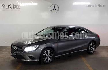 Foto venta Auto usado Mercedes Benz Clase CLA 180 CGI (2016) color Gris precio $299,000