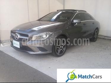 Foto venta Carro usado Mercedes Benz Clase CLA 180 Urban Plus (2017) color Gris Montana precio $87.990.000