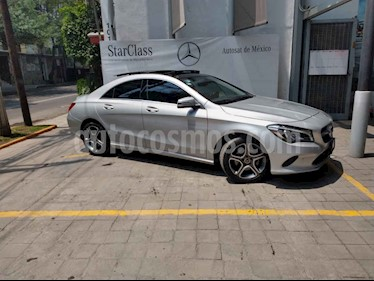 Foto venta Auto usado Mercedes Benz Clase CLA 200 CGI Sport (2019) color Plata precio $512,900
