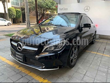 Foto Mercedes Benz Clase CLA 200 CGI Sport usado (2019) color Negro precio $560,000