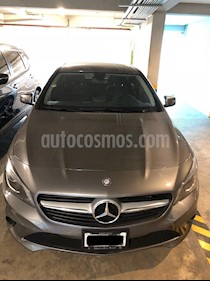 Foto Mercedes Benz Clase CLA 200 CGI Sport usado (2015) color Gris precio $310,000