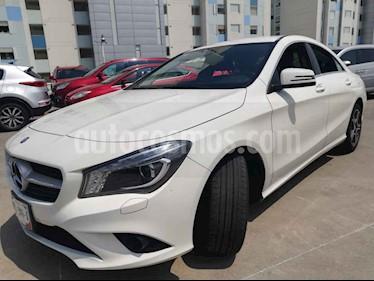 Foto venta Auto usado Mercedes Benz Clase CLA 200 CGI Sport (2016) color Blanco precio $355,000