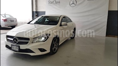 Foto venta Auto usado Mercedes Benz Clase CLA 200 CGI Sport (2016) color Blanco precio $339,000