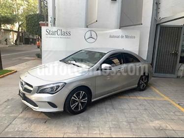 Foto venta Auto usado Mercedes Benz Clase CLA 200 CGI Sport (2018) color Gris precio $415,000