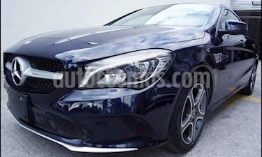 Foto venta Auto usado Mercedes Benz Clase CLA 200 CGI Sport (2018) color Azul precio $400,000