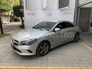 Foto Mercedes Benz Clase CLA 200 CGI Sport usado (2018) color Plata precio $460,000
