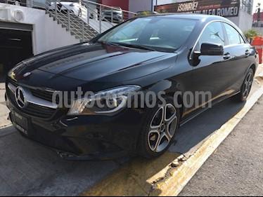 Foto venta Auto Seminuevo Mercedes Benz Clase CLA 200 CGI Sport (2015) color Negro precio $299,000