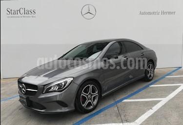 Foto venta Auto usado Mercedes Benz Clase CLA 200 CGI (2018) color Gris precio $439,900