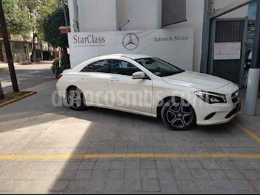 Foto venta Auto usado Mercedes Benz Clase CLA 200 CGI (2017) color Blanco precio $398,900