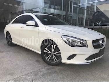 foto Mercedes Benz Clase CLA 200 CGI usado (2018) color Blanco precio $395,000