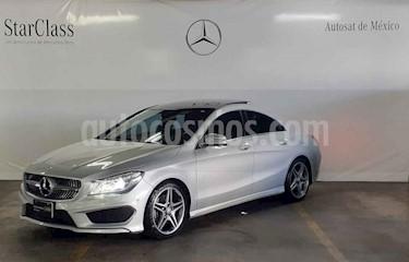 Foto Mercedes Benz Clase CLA 250 CGI Sport usado (2015) color Plata precio $389,000