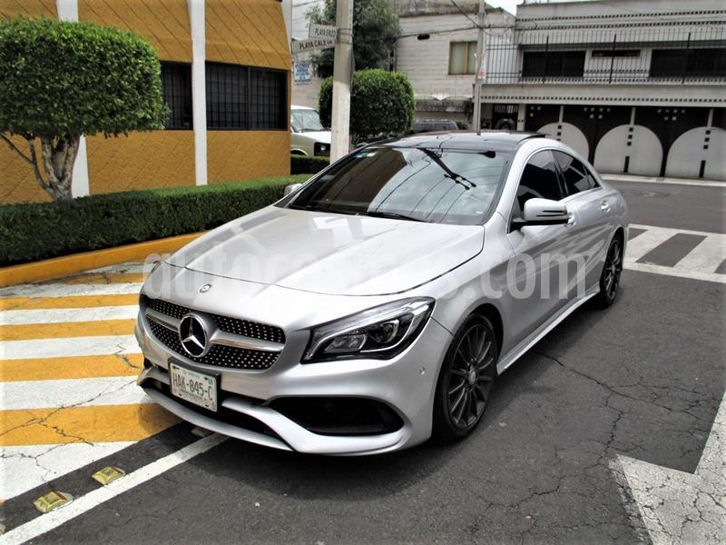 Foto Mercedes Benz Clase CLA 250 CGI Sport usado (2017) color Plata Polar precio $399,900