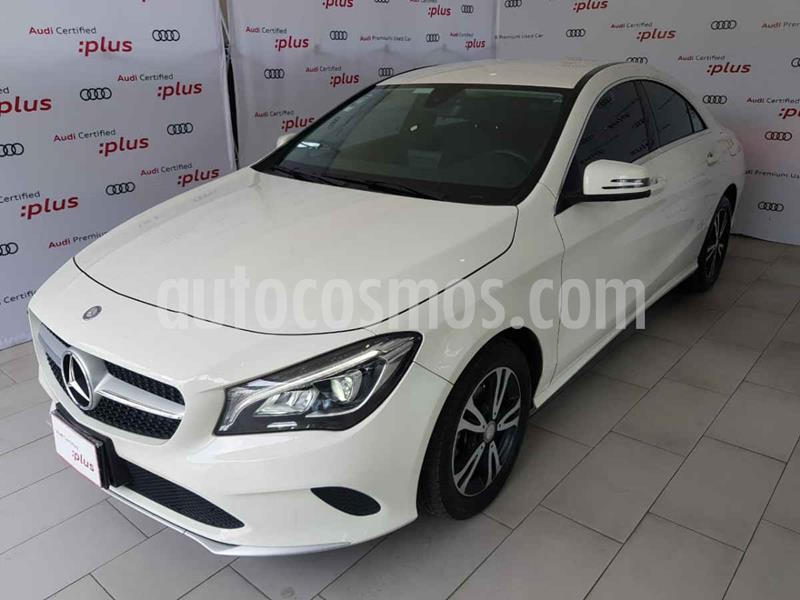 Mercedes Benz Clase CLA 200 CGI usado (2017) color Blanco precio $365,000