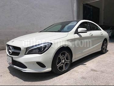 Mercedes Benz Clase CLA 200 CGI Sport usado (2017) color Blanco precio $385,000