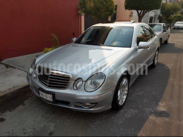 Foto venta Auto usado Mercedes Benz Clase E 280 Avantgarde (2009) color Plata precio $175,000