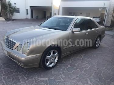 Mercedes Benz Clase E 320 Elegance V6 usado (2002) color Champagne precio $85,000