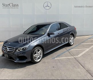 Foto venta Auto usado Mercedes Benz Clase E 500 CGI Biturbo (2014) color Gris precio $574,900