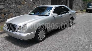 Mercedes Benz Clase E 430-210 Elegance V8,4.3i,24v A-S2 1 usado (1999) color Plata precio u$s9.200
