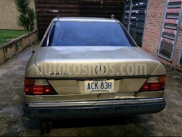 Mercedes Benz Clase E 320 4m V6,3.2i,18v A-S2 1 usado (1992) color Plata precio BoF700