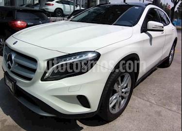 Foto venta Auto usado Mercedes Benz Clase GLA 180 CGI (2017) color Blanco precio $385,000