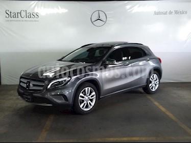 Foto venta Auto usado Mercedes Benz Clase GLA 180 CGI (2017) color Gris precio $369,000