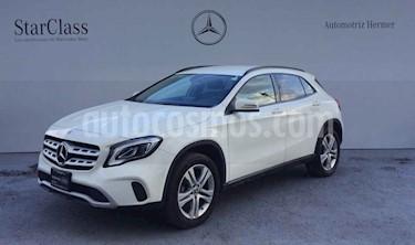 Foto Mercedes Benz Clase GLA 200 CGI Aut usado (2018) color Blanco precio $419,900