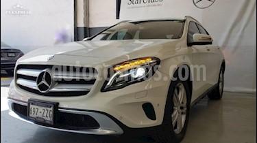 Foto venta Auto usado Mercedes Benz Clase GLA 200 CGI Sport Aut (2015) color Blanco precio $295,000