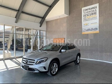 Mercedes Benz Clase GLA 200 CGI Sport Aut usado (2017) color Plata precio $385,000
