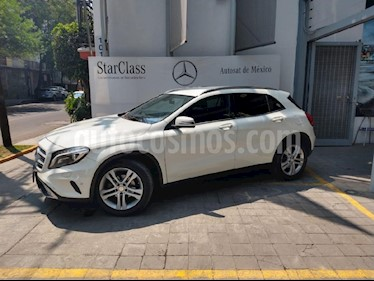 Foto venta Auto usado Mercedes Benz Clase GLA 200 CGI Sport Aut (2016) color Blanco precio $348,900