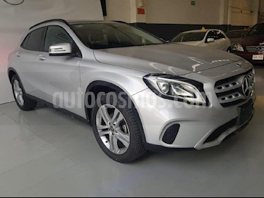 Foto venta Auto usado Mercedes Benz Clase GLA 200 CGI (2018) color Plata precio $419,000