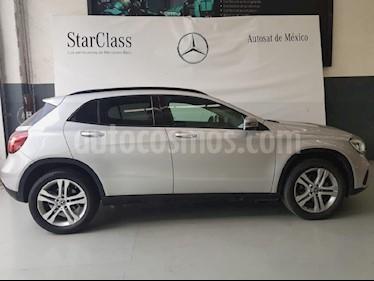Foto venta Auto usado Mercedes Benz Clase GLA 200 CGI (2018) color Plata precio $404,000