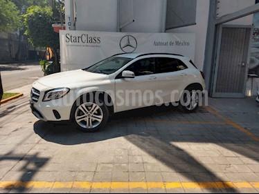 Foto venta Auto usado Mercedes Benz Clase GLA 200 CGI (2018) color Blanco precio $405,000