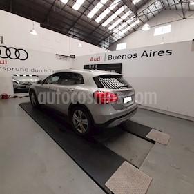 Mercedes Benz Clase GLA 200 Urban Aut usado (2016) color Plata Polar precio u$s39.500