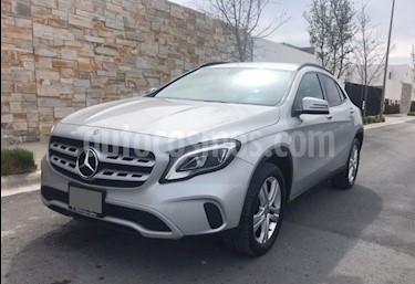Mercedes Benz Clase GLA 200 Aut usado (2018) color Plata precio $410,000