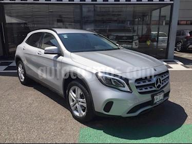 Mercedes Benz Clase GLA 200 CGI Aut usado (2018) color Plata precio $350,000