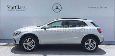 Foto Mercedes Benz Clase GLA 200 CGI usado (2018) color Plata precio $399,900