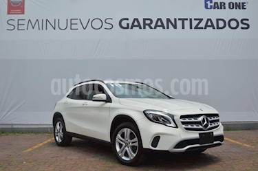 Mercedes Benz Clase GLA 200 Aut usado (2018) color Blanco precio $377,000