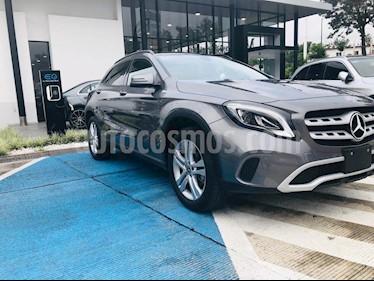 Foto Mercedes Benz Clase GLA 200 CGI Aut usado (2020) color Gris precio $545,000