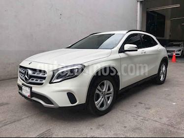 Mercedes Benz Clase GLA 5p GLA 200 L4/1.6 Man usado (2018) color Blanco precio $355,000