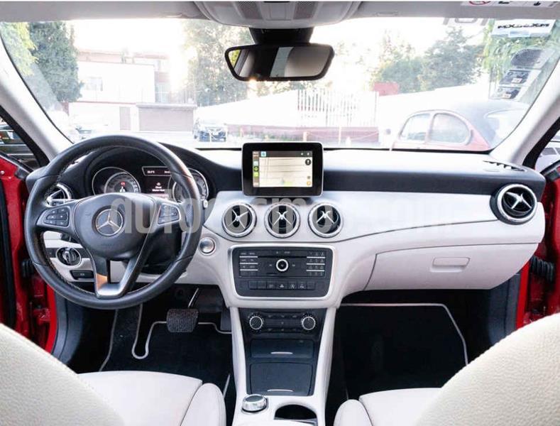 Mercedes Benz Clase GLA 200 CGI Sport Aut usado (2017) color Rojo precio $360,000