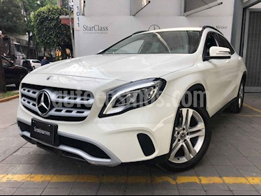 Mercedes Benz Clase GLA 5p GLA 200 Sport L4/1.6 Aut usado (2018) color Blanco precio $410,000